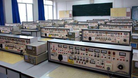 成人高考岳阳职业技术学院应用电子技术专业文凭怎么样